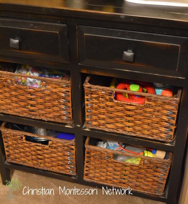 montessori home for toddler, storage.