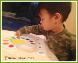Deck the Halls Art with Sponges, Marshmallows, and Paint!