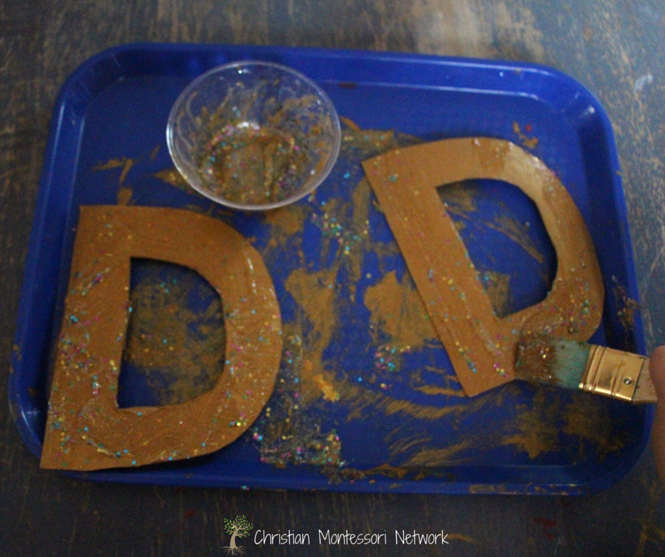 "Bible School Craft Ideas: ""D"" is for David's Harp - kids love painting with glitter and gold while learning about King David!"